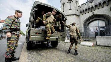 Grève dans les prisons - La mission des militaires prolongée jusqu'à la fin de la semaine prochaine
