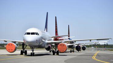 Avions de Brussels airlines immobilisés sur le tarmac de l'aéroport de Zaventem, le 05 mai 2020