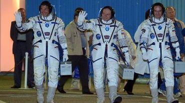 Michael Hopkins, Oleg Kotov et Sergei Ryazansky au départ le 25 septembre 2013 de la base de Baikonour