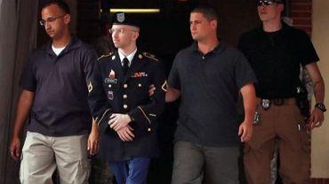 Bradley Manning quitte son procès le 25 juillet 2013 à Fort Meade, dans le Maryland