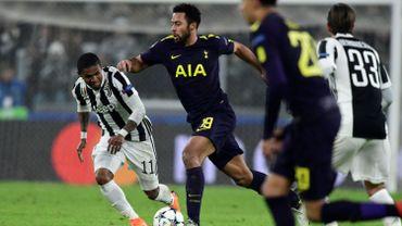 Des Spurs accrocheurs et audacieux remontent la Juve à Turin