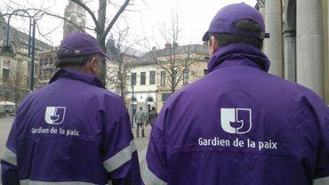 A la rencontre des Bruxellois sur le pont: les gardiens de la paix
