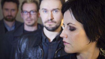 Le groupe de rock irlandais Cranberries, avec sa chanteuse Dolores O'Riordan, décédée accidentellement à 46 ans il y a un an.