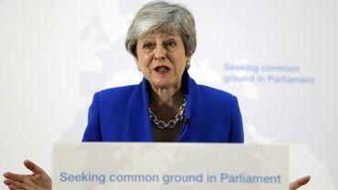 La Première ministre britannique Theresa May s'exprime devant la presse à Londres, le 21 mai 2019