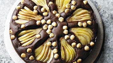 Recette de Candice : Gâteau fondant au chocolat, aux poires et aux noisettes