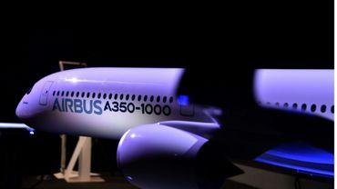 Une maquette de l'A350, au siège d'Airbus à Blagnac, le 11 janvier 2017