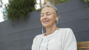 Trente minutes quotidiennes de musique pourraient réduire les douleurs suite à une crise cardiaque.
