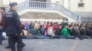 Sur les quelque 500 activistes qui étaient sur place, près de 250 auraient été interpellés.