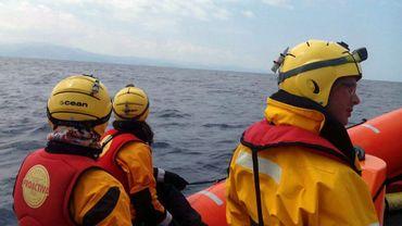 Crise des migrants: trois frères secourus en mer, ils partaient faire soigner le plus jeune en Europe