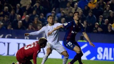 Eden Hazard souffre d'une fissure au péroné