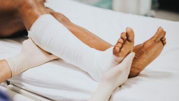 """Premier """"mardi des blouses blanches"""" contre la dégradation des conditions du personnel infirmier"""