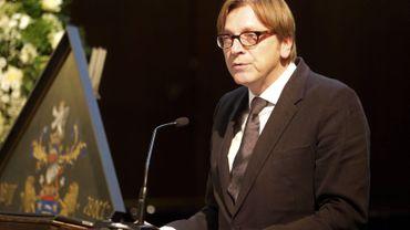"""Guy Verhofstadt dénonce """"de nouvelles étapes insuffisantes"""""""