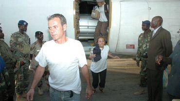 Les membres de l'arche de Zoé lors de leur arrivée à N'Djamena (Chad),  le 2 novembre  2007. Après leur arrestation.