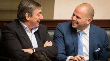 Consultations fédérales - Francken annonce qu'il formera un duo d'interlocuteurs N-VA avec Jambon
