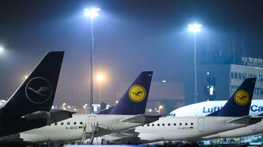 Des avions de la compagne allemande Lufthansa sur le tarmac de l'aéroport de Francfort, le 7 novembre 2019