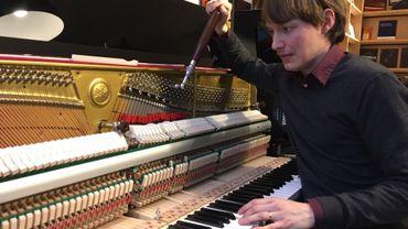 1h15 en moyenne: c'est le temps nécessaire à David van Zonneveld pour accorder un piano.