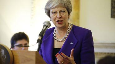 Theresa May obtient le soutien de ses ministres sur son plan Brexit