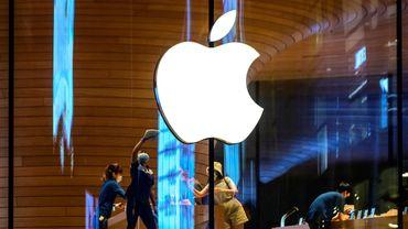 Apple a doté un nouveau fonds de 200 millions de dollars, pour investir dans des projets forestiers afin d'aider à absorber le carbone qui se trouve dans l'atmosphère.