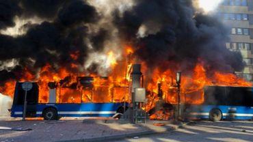 Suède: un bus a explosé dans le centre de Stockholm