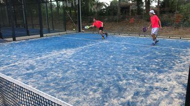 """Le Tennis club d'Odrimont, à Lasnes, a ouvert trois terrains de padel en mai. Depuis, """"tous les jours, c'est pris!"""""""