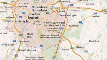 """La """"route"""" d'approche de la piste 01 qui survole une partie du Brabant Wallon"""