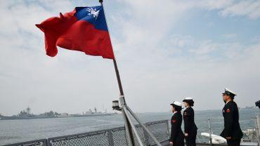 Un navire de guerre américain a croisé mercredi dans le détroit de Taïwan, a annoncé l'US Navy.