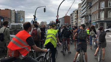 La Masse Critique, ce mouvement où les cyclistes se réapproprient l'espace public