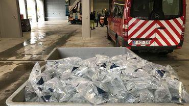 Une distribution d'eau a été organisée jeudi soir.