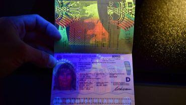 Plus de 1700 faux documents d'identité interceptés en Belgique en 2016