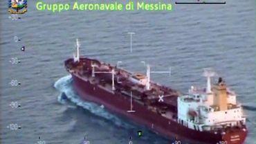 Le bateau de 102 immigrants refoulé par Malte est arrivé en Sicile