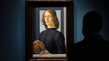 Ce portrait d'un jeune homme anonyme,  signé Botticelli pourrait s'envoler au prix de 80 millions d'euros