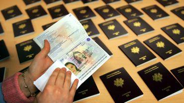 """La Commission européenne veut lutter contre les passeports et les visas """"dorés"""""""