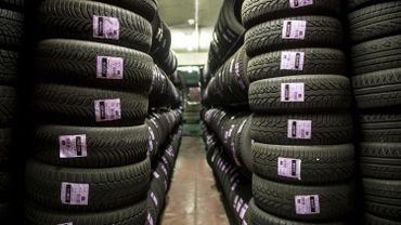Chez un vendeur de pneus