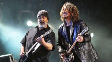 Les membres de Soundgarden abandonnent une plainte contre Vicky Cornell