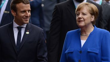 """Létgislatives françaises: Merkel félicite Macron pour sa """"majorité parlementaire nette"""""""