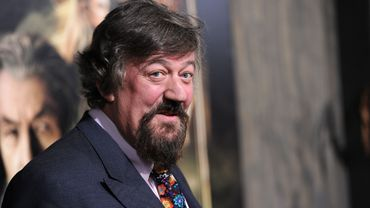 "L'acteur Stephen Fry sera le narrateur du documentaire ""Fantastic Beasts: A Natural History"" attendu sur la BBC"