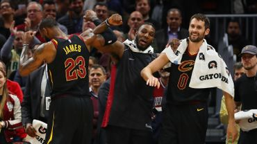 Cleveland enchaîne une 13e victoire de suite et égale un record