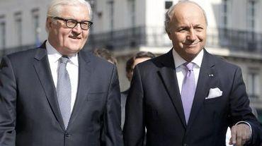Le ministre allemand des Affaires étrangères Frank-Walter Steinmeier (g) et son homologue français Laurent Fabius le 14 mai 2014 à Paris