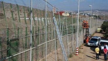 Melilla assauts massifs d 39 immigrants africains en espagne - Grille indiciaire technicien principal ...