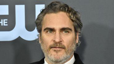"""Joaquin Phoenix est nommé aux Oscars pour sa performance remarquée dans """"Joker"""" de Todd Phillips."""