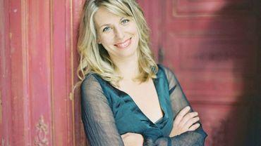 La pianiste Claire-Marie Le Guay est la soliste de cette soirée. Elle interprètera le Concerto pour piano de Clara Schumann.
