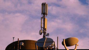 La norme d'émission des antennes GSM a été assouplie en mai dernier (illustration).