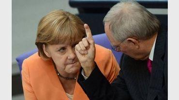 Le ministre allemand des Finances, Wolfgang Schäuble et la chancelière Angela Merkel à Berlin