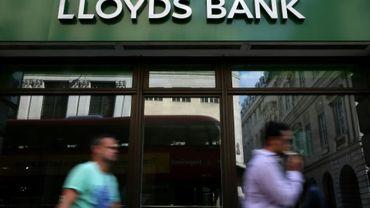 la banque britannique ne prévoit aucune fermeture d'agence dans le cadre de cette restructuration