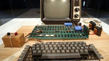 Photo prise en juin 2013 d'un ordinateur Apple 1, construit en 1976
