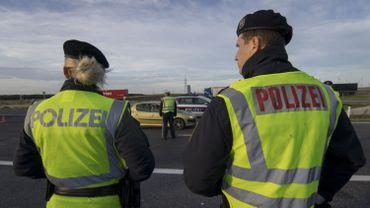 Deux djihadistes liés aux attentats de Paris arrêtés en Autriche