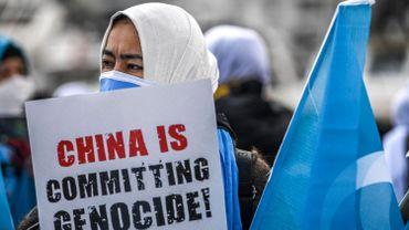 """Selon des études publiées par des instituts américain et australien, rejetées par Pékin, au moins un million de Ouïghours ont été internés dans des """"camps"""" au Xinjiang, dans le nord-ouest de la Chine"""