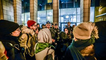 Opération policière musclée à l'ASBL Globe Aroma, la police arrête 7 sans-papiers