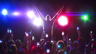 Il sera peut-être bientôt impossible de filmer ou prendre des photos pendant un concert