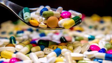 Les Belges peuvent se procurer des médicaments lourds via des pharmacies en ligne aux Pays-Bas
